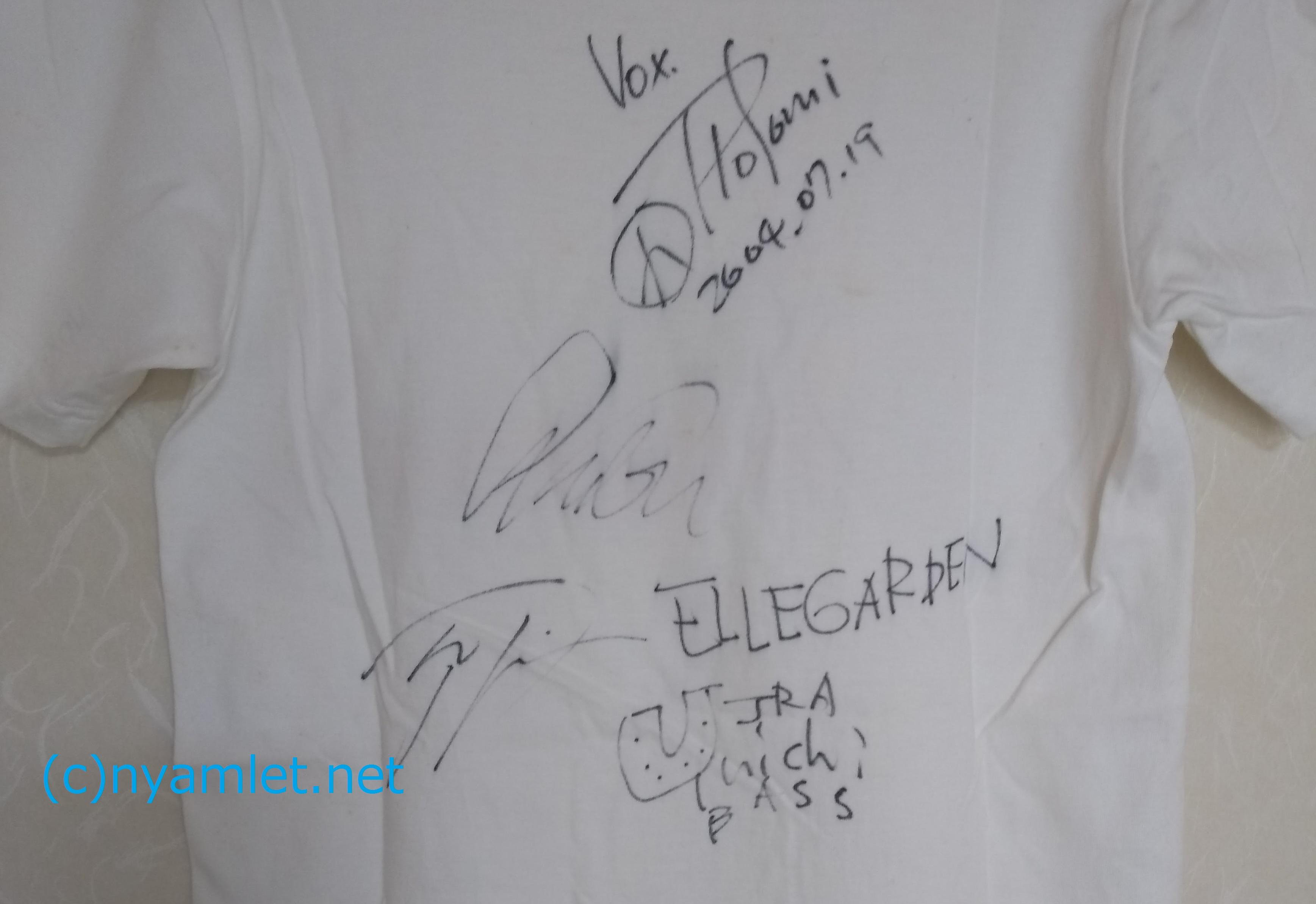 ELLEGARDENメンバー全員のサイン入りTシャツ
